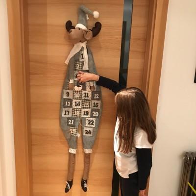 KALENDARZ ADWENTOWY Renifer z filcu GIGANT 1,5m