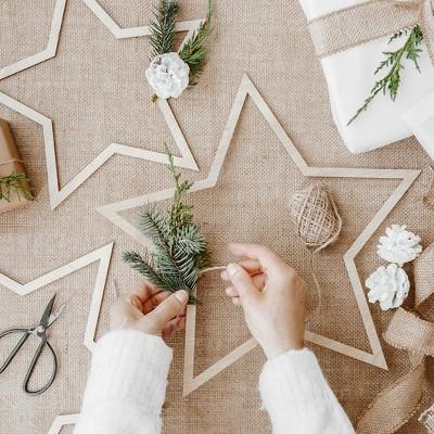 ZAWIESZKI świąteczne drewniane Gwiazdy MIX 3szt