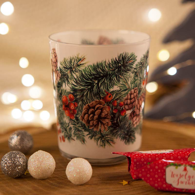 Świeca świąteczna zapachowa na Boże Narodzenie w szkle