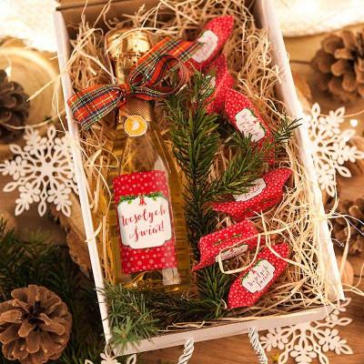 KOSZ prezentowy świąteczny Szampan+krówki Z NAZWĄ Czerwony