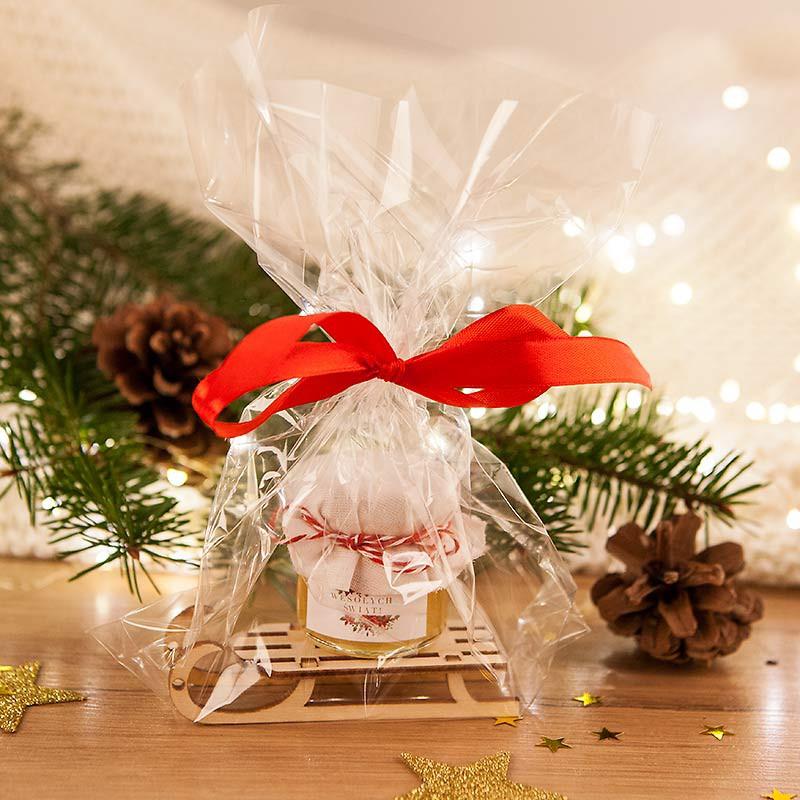 Drewniane sanki z niespodzianką na prezent świąteczny