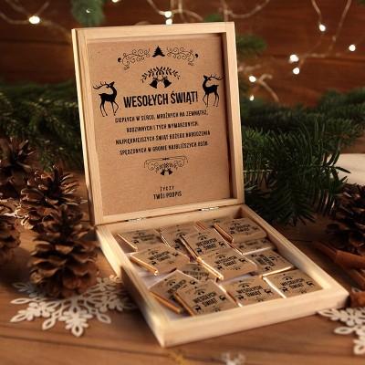 CZEKOLADKI na prezent świąteczny w pudełku TWÓJ PODPIS Zimowy Wieczór 12 sztuk