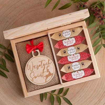PREZENT świąteczny Z PODPISEM w pudełku Krówki i Bombka Wesołych Świąt
