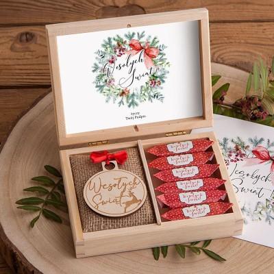PREZENT świąteczny Z PODPISEM w pudełku Krówki i Bombka Czerwone Święta