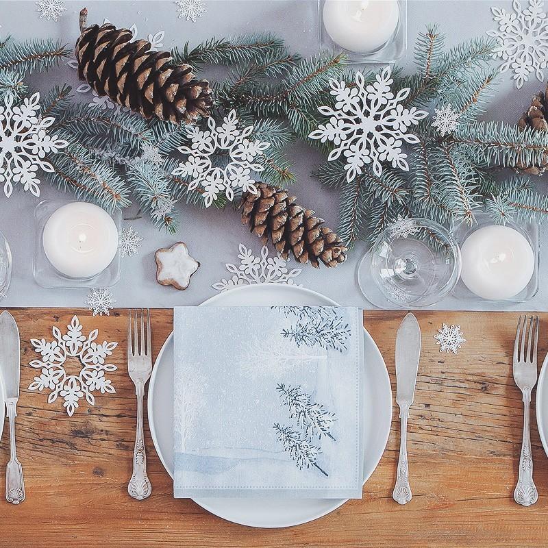 Srebrna propozycja na dekoracje wigilijnego stołu