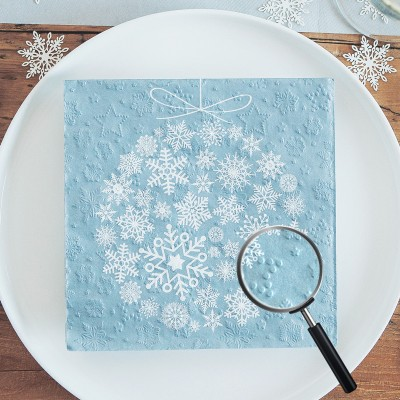 SERWETKI papierowe tłoczone Bombka ze śnieżynek 33x33cm 20szt