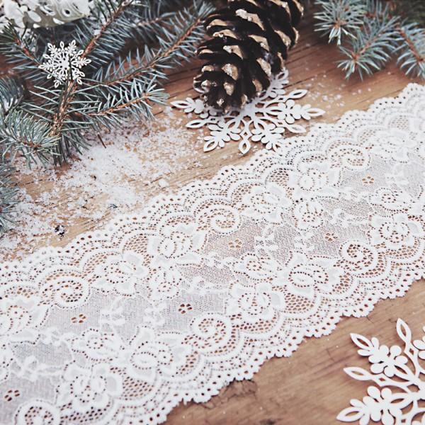 BIEŻNIK świąteczny Koronkowa Delikatność 15cm x 9m