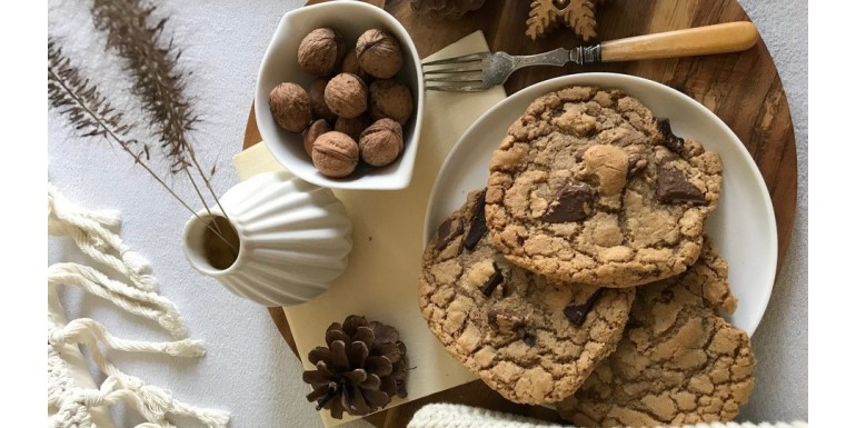 Przepis na przepyszne świąteczne ciasteczka karmelowo-czekoladowe